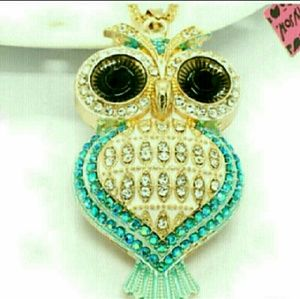 🆕 Betsey Johnson Heart Owl necklace NWT